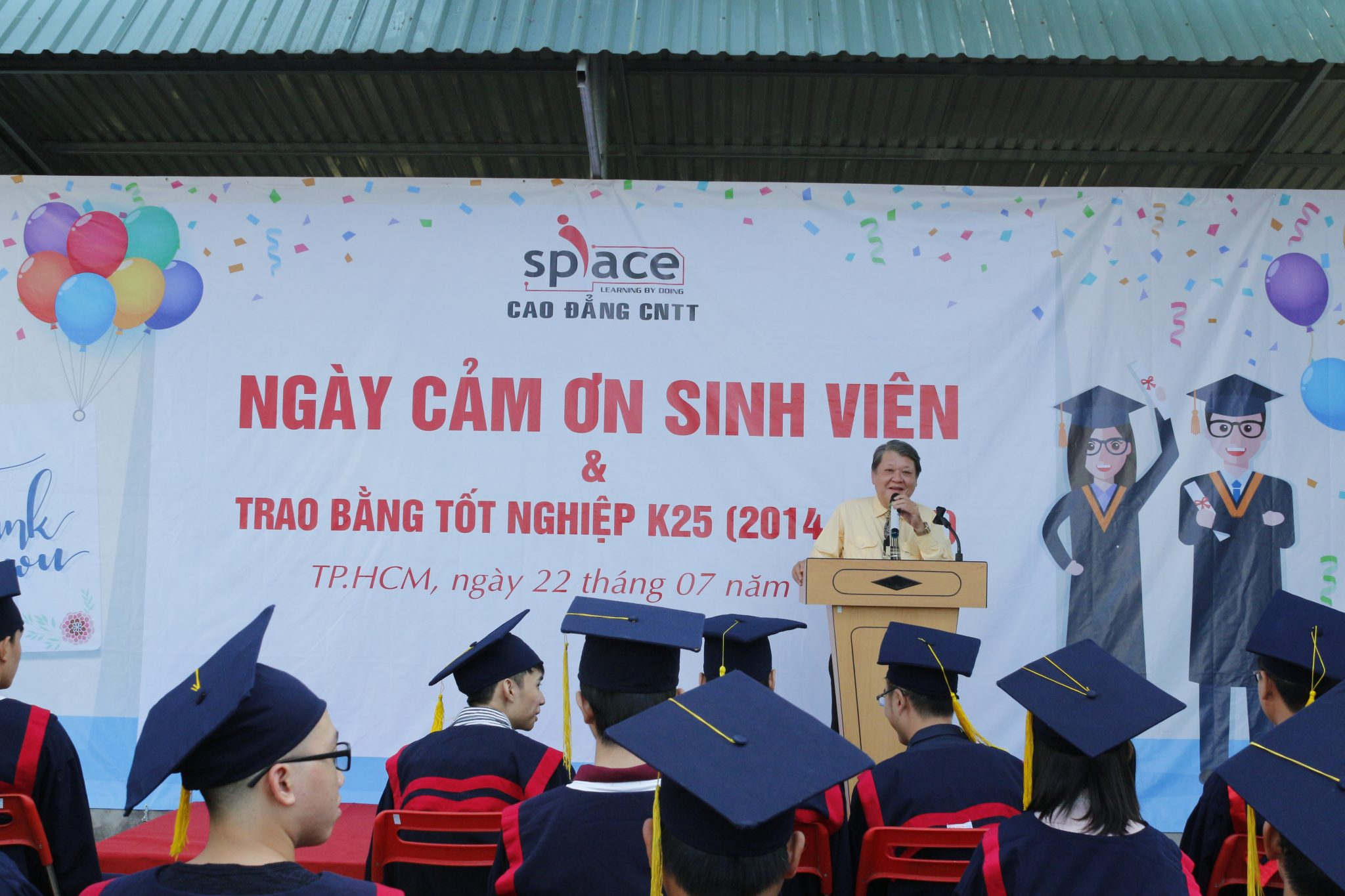 sinh-vien-cong-nghe-thong-tin-voi-cong-nghiep-4-0